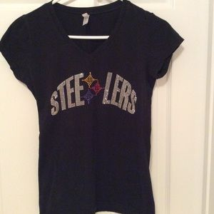 Tops - Sparkly Steelers shirt vneck with cap sleeves L
